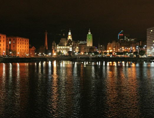 Albert Dock Night