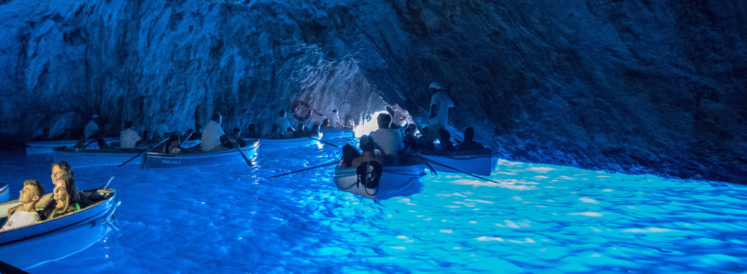 blue-grotto blue air